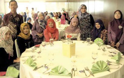 Pengetahuan Table Manner Bagi Mahasiswa Penting