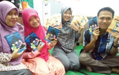 Aplikasi Mata Kuliah  Creative Writing; Mahasiswa FKIP UMSU Terbitkan Tiga Buku