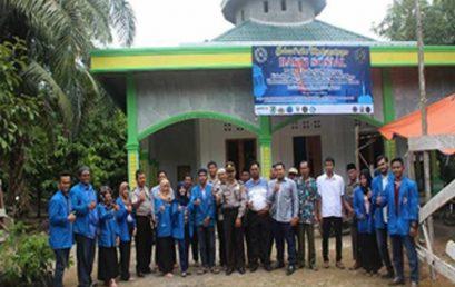 Mahasiswa FKIP UMSU Bantu Pembangunan Masjid